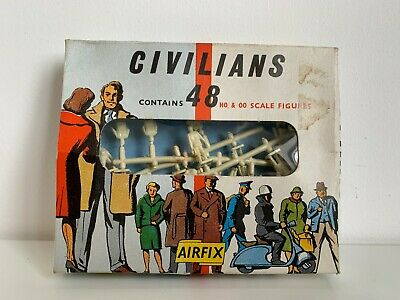 Vintage OO/HO Airfix Civilians From Early 1960s • 16.57€
