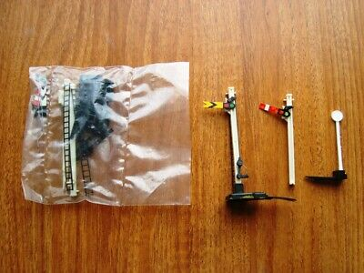 Unopened Hornby R086 Single Signal Set + 2 SIgnals + Points Lever Switch  • 9.97€