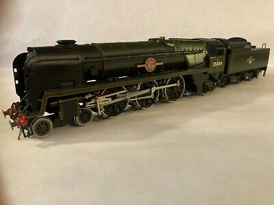 Br Southern Merchant Navy Class 4-6-2 Locomotive And Tender • 180.01€