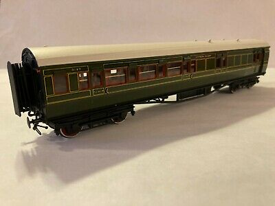 Lawrence Scale Models Southern Railway Maunsell Corridor Brake Third Coach  (10) • 168.92€