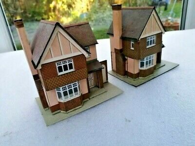 SUPERQUICK, Ready Made Model Railway Buildings X 2, OO/HO Gauge. VGC • 21.47€