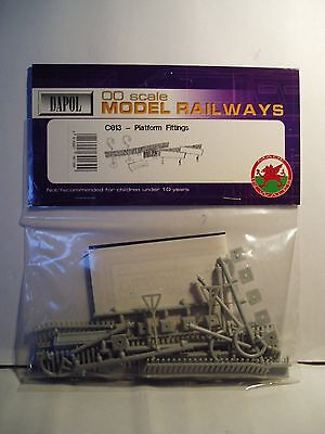 Dapol  Platform   Fittings   Model Kit   00  Scale • 5.50€