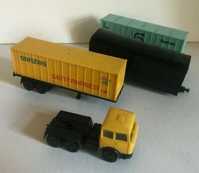 Lima Container Lorry Danzas & Two Artic Containers Spares For Oo Gauge Trains • 11.19€