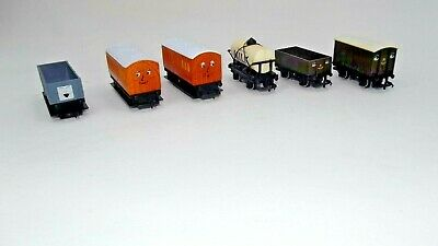 Hornby Railways, OO/HO Gauge, 'Thomas The Tank' Mixed Carriages And Trucks, VGC • 32.76€