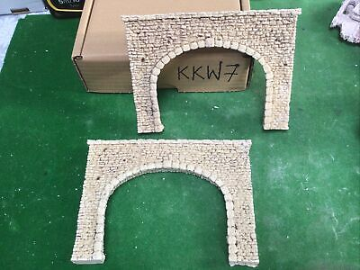 2 X TUNNELS HO OO SCALE- Twin Track- Stone Style- Painted (KKW7) Suit Hornby • 5.62€