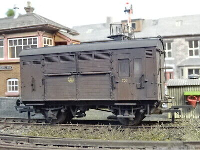 Hornby Gwr Horsebox Wagon 709 (lineside Weathered) R6507 • 37.99€