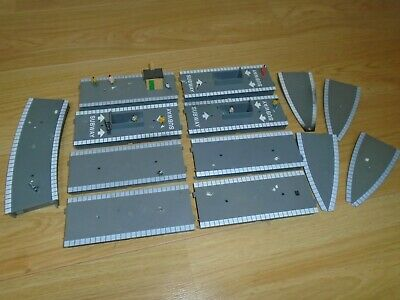 Collection Of Platform Sections For Hornby OO Gauge Sets • 11.30€
