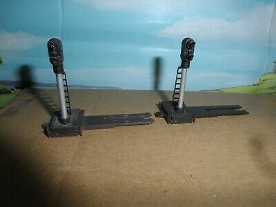 2 Triang Model Railways Oo Gauge Rt405 Electric Colour Light Signals • 8.84€