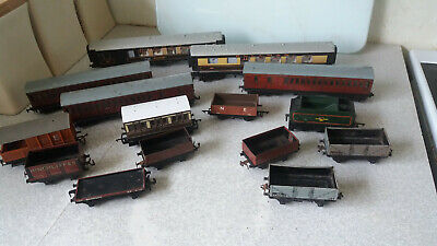 Collection Vintage Model Train Carriages & Wagons 0 Various Makers  • 32.61€