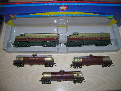 Athearn 85101 H0 HO US Diesellok Set Type F7 Nappa Valley Railroad & 3 Tank Cars • 190€