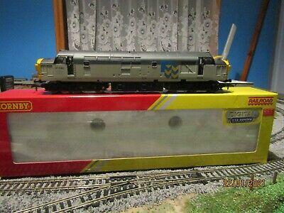 Hornby Railroad Class 37, 37 040 Railfreight. DCC With TTS Sound Decoder Fitted • 102.07€