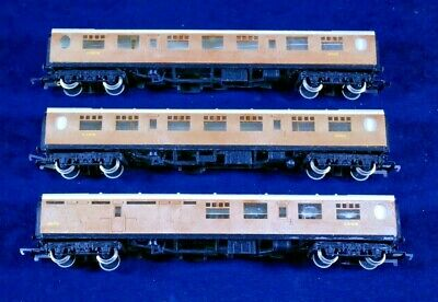 Hornby Great Britain Teak Coaches In Excellent Condition • 34.99€