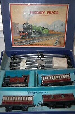 HORNBY O GAUGE  No 101 PASSENGER  TRAIN SET IN  LMS RED LIVERY • 223.67€